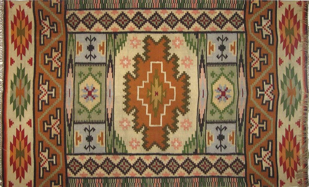 Выставка ковров в  музее Елены Кульчицкой