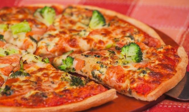 Где лучше всего заказать пиццу в Киеве с доставкой на дом?